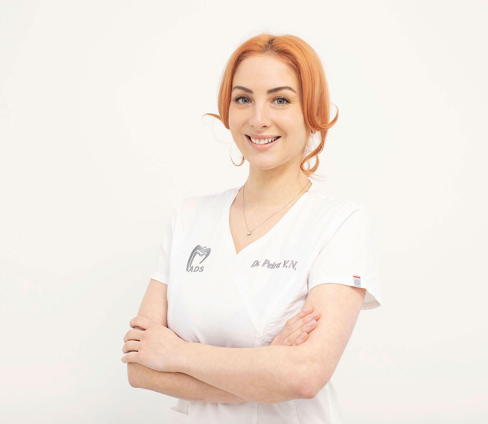 Dr-Petra-Vigh-Nicoara